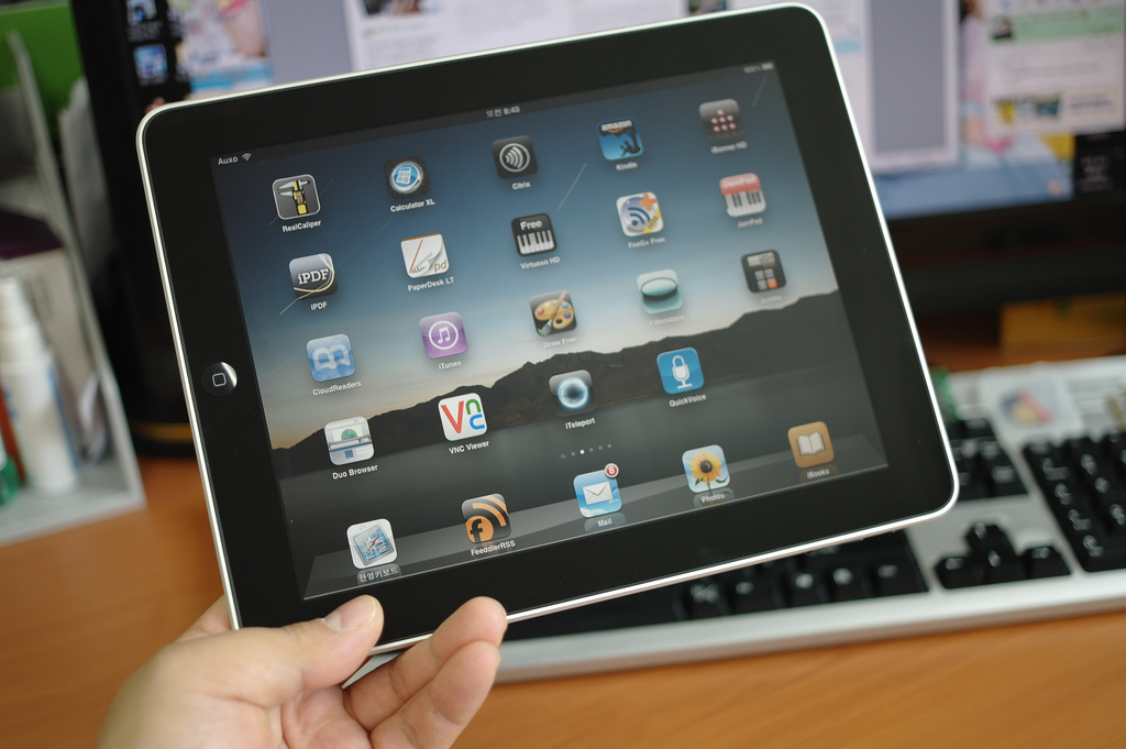 Top Ten iPad Apps for Learners of English