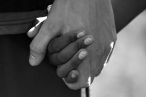holdinghandsbw